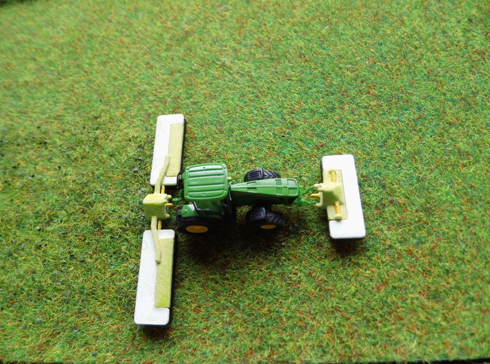 1:160/N-Scale Triple Mower 3d printed Add a caption...