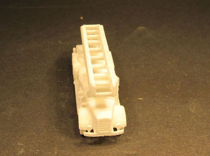 1/144 Mercedes 4500 DL 22 Drehleiter / fire engine 3d printed