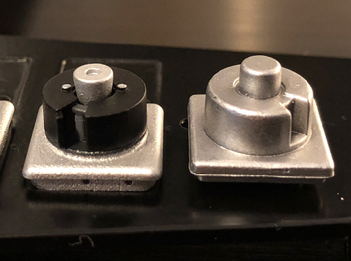 1:8 BTTF DeLorean Hockey Puck parts 3d printed Comparison with stock part on the right