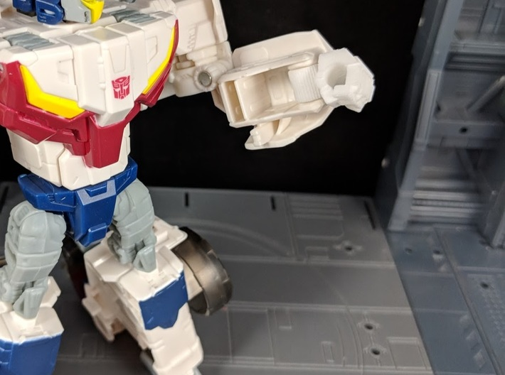 Replacement Hand Set for TF TR Chromedome Getaway 3d printed Added Wrist swivel for more articulation