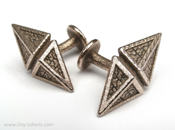 Zendikar Hedron Cufflinks 3d printed The left and right side version of the cufflink in steel