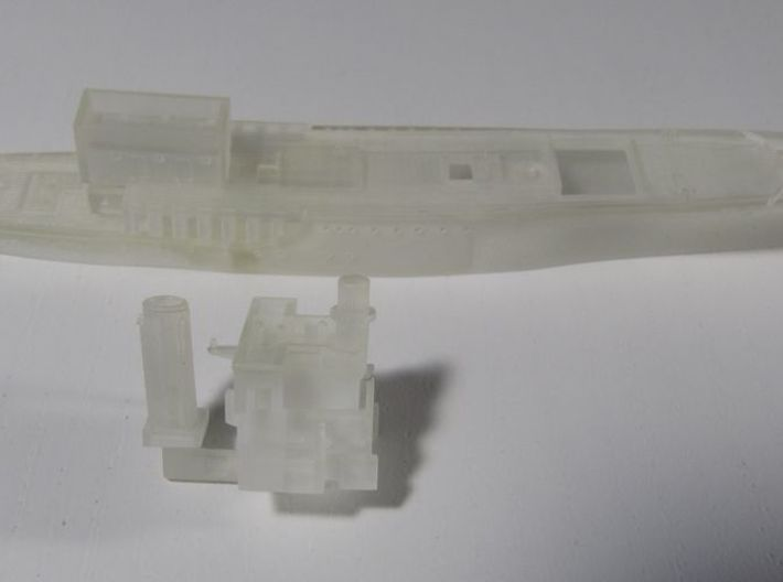 1/700 Halcyon class Minesweeper Hull (Waterline) 3d printed