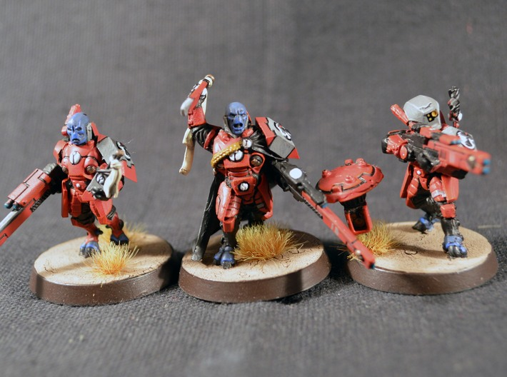 Warhammer 40k Tau Cadre Fireblade Conversion kit 3d printed GW Fireblade and two converted Fireblades,