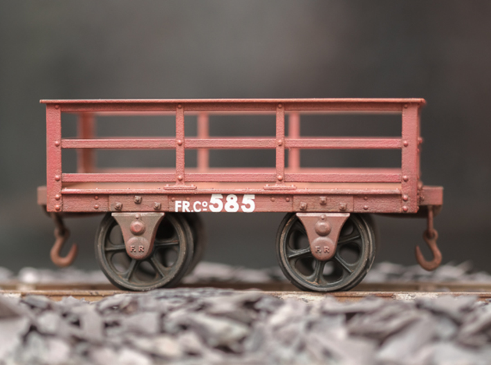 FRC01 FR 2 Ton Slate Wagon Body (Unbraked) SM32 3d printed Wagon 585 is made from FRC02, Axleboxes AB01 and has been lettered with Coast Line Models transfers. Wheels are Slater's Web Spoke.