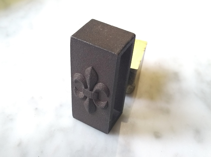 Belt Holder With Lily 3d printed