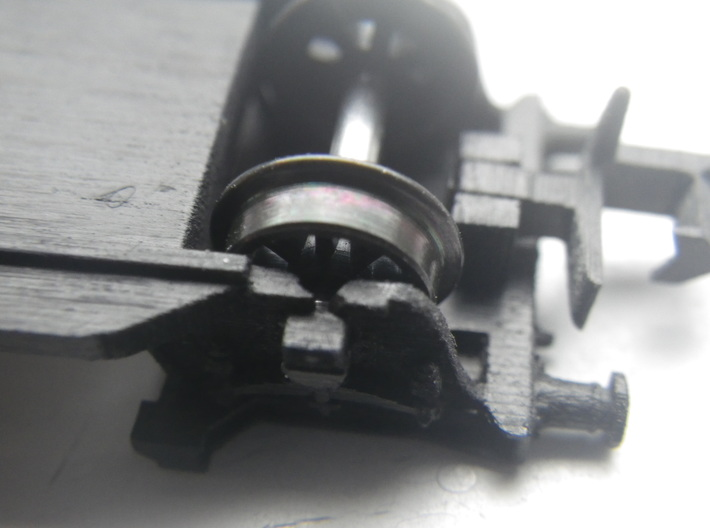 GWR G27 Loriot W 3d printed Filed to make wheels fit more easily. Couplers available separately.