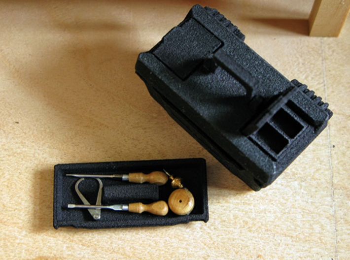 1:12 Toolbox - by Pepper (MitchymooMiniatures) 3d printed
