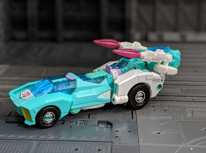 Fembot handgun set for Deluxe Class Transformers 3d printed