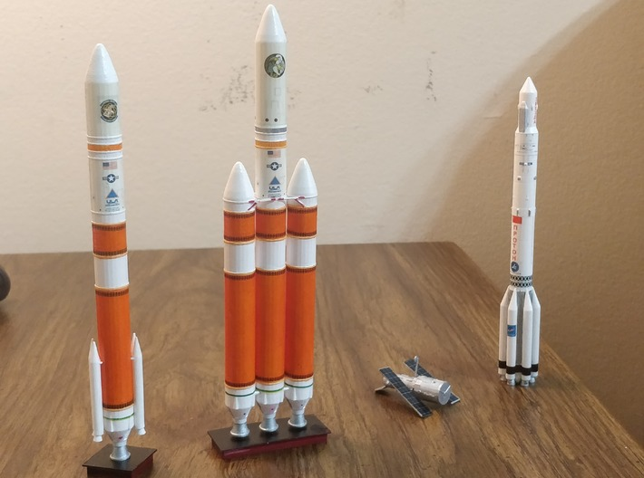 Delta IV Medium plus (1:400) 3d printed WIth Decal Applied