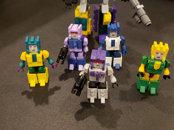 Heads for Terrorcon Kreons (Set 2 of 2) 3d printed Terrorcon heads printed and painted.