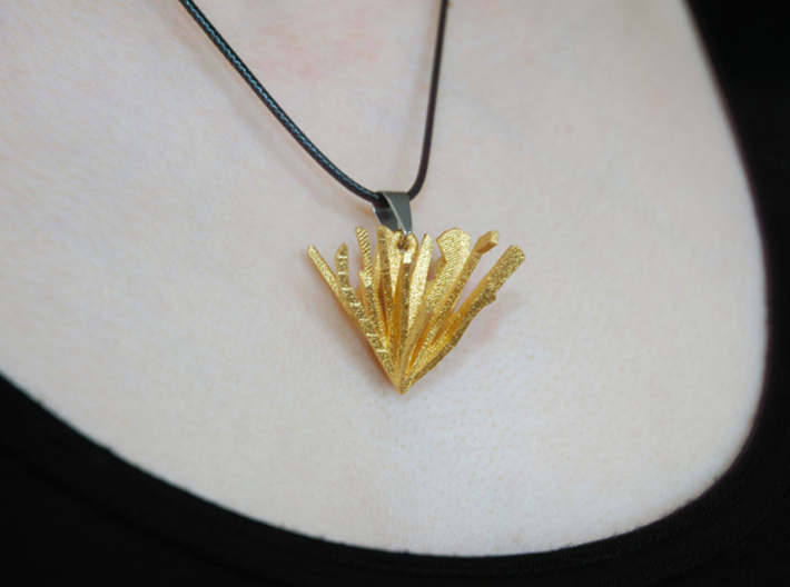 Shattered Heart Necklace Pendant 3d printed