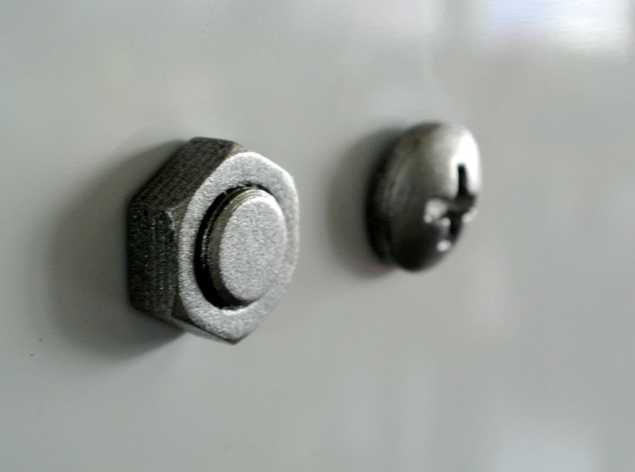 Nut & Screw shaped magnets (set of 2) 3d printed