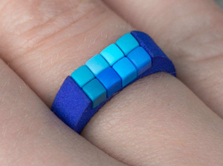8-bit ring (US6/⌀16.5mm) 3d printed 8-bit ring with 8 pixels in blue strong and flexible (image by Anna Waring photography)
