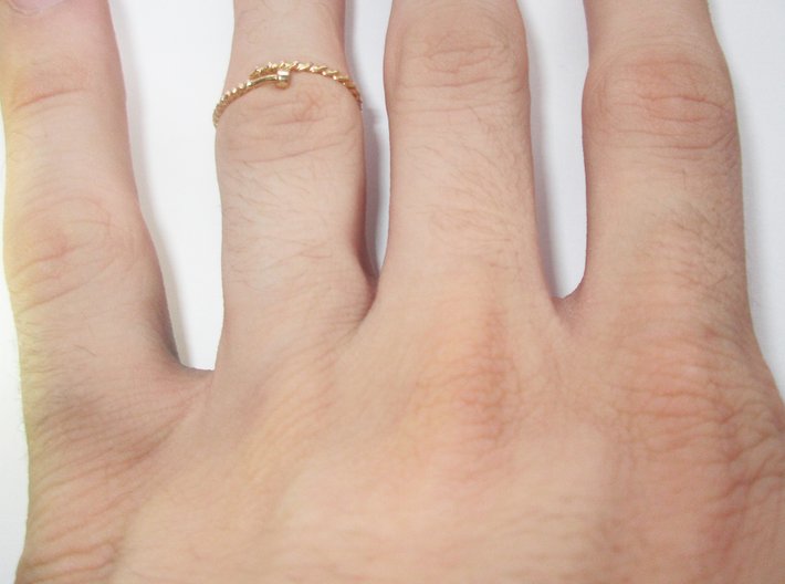 Dainty Screw Ring - Sz. 5 3d printed