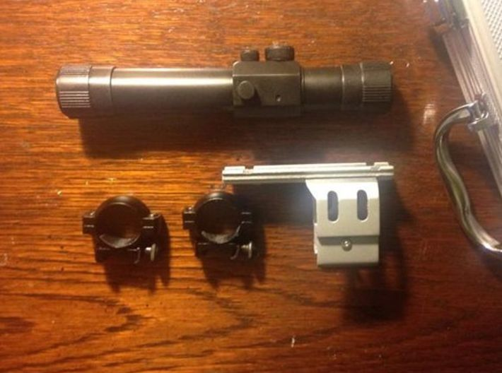 Resident Evil 0: handgun scope parts B 3d printed Assembled scope, mount and rings
