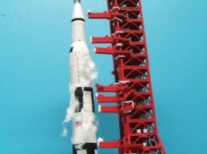 1/400 Saturn V MLP, Apollo launch pad 3d printed CanDo Satirn V ready to launch. My thanks to Alain Plante for photos of my designs.
