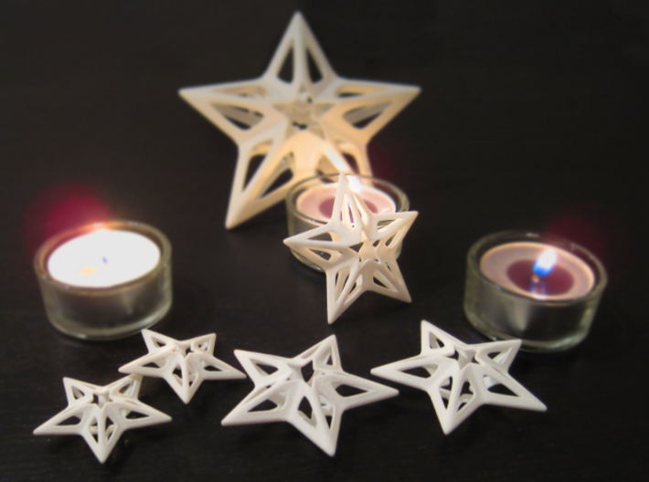 Stars 3+2 Pack 3d printed Stars - with Big Star in the background