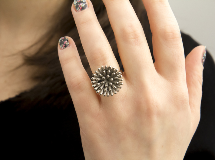Spike Ring - US 7 size 3d printed