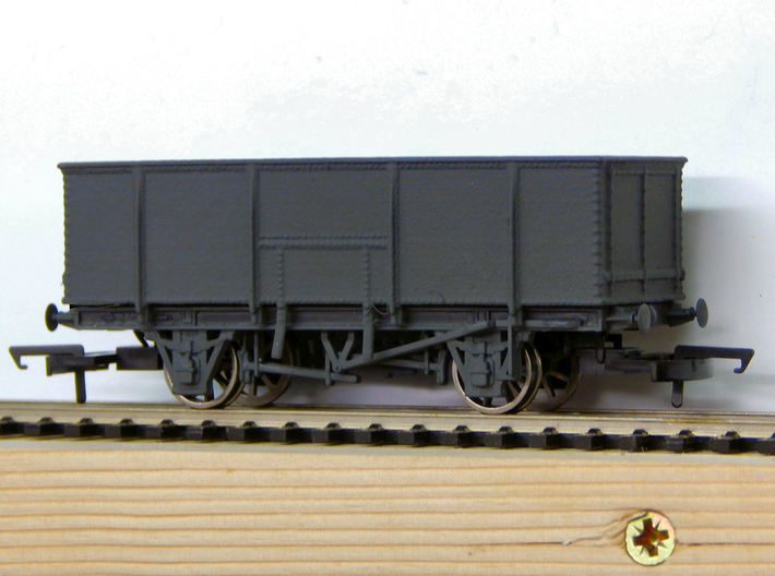 GWR N23 21T Mineral Wagon Body (00) 3d printed An example of the body fitted to a Dapol Chassis (later not supplied) after painting
