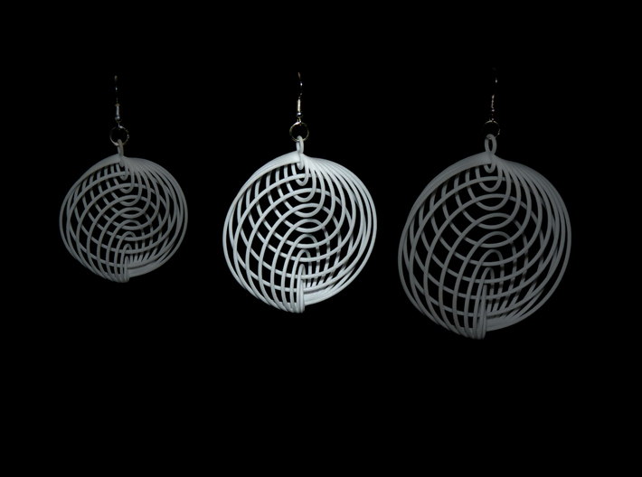 Running in Circles - Earrings 3d printed Compare m, <strong>L</strong> and xl size