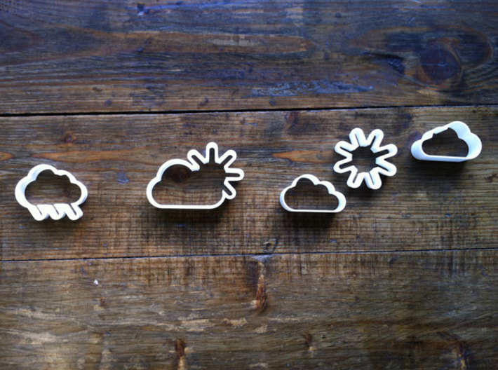 The Cloud 3d printed The picture Shows the Icon Set. Please note it is only the cloud icon for this price