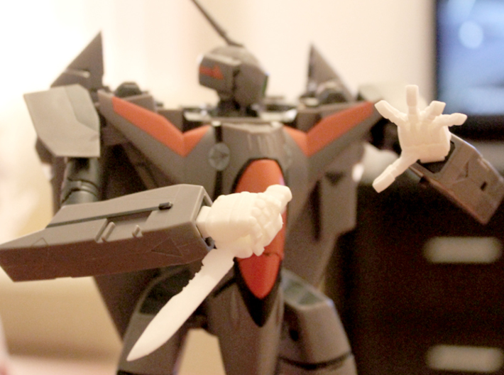 VF-11 Relámpago - Hands; Dynamic 3d printed NOTE; Knife + Knife Hand are not included in this set.