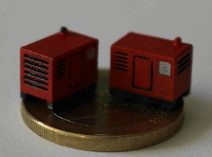 N Scale Mobile Diesel Generator 3d printed 2 generators painted, the 1-Euro coin shows the scale.