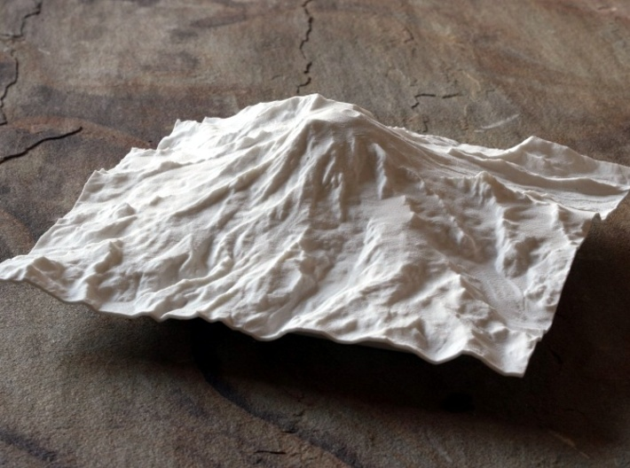8'' Mt. Rainier, Washington, USA 3d printed Photo of model, looking North