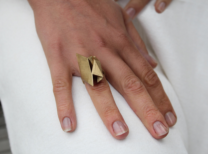 Spaceship Ring v2 Size 7 3d printed