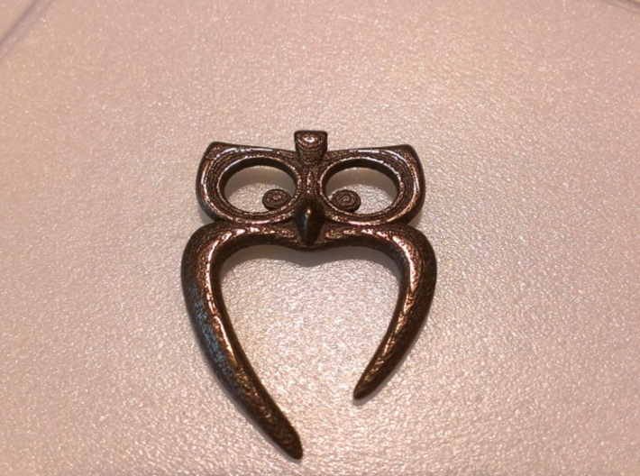 Owl Heart Pendant 3d printed Bronze Glossy