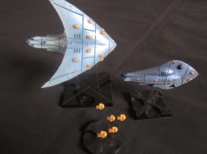 Aquatic Dreadnought 3d printed with other ships for scale