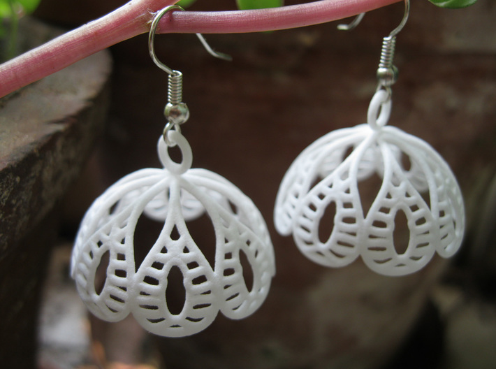 Water Lily Jhumka - Indian Bell Earrings 3d printed
