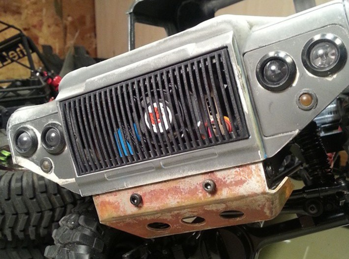 RC4WD Defender Vertical Grill 3d printed NICE!