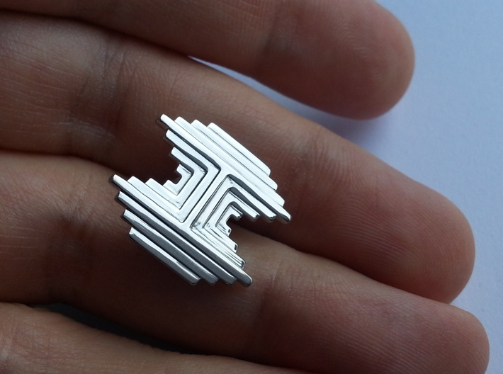 Gothic H Brooch 3d printed