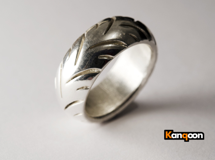 Ray Zing - Tire Ring Massiv 3d printed Polished Silver printed in  US 9.25